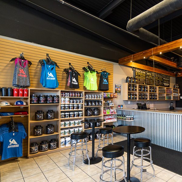 "SUPPLEMENT SHOP - Top name brands of pre and post workout supplements.  Vending machines for after hours purchases. SMOOTHIE BAR - ""Build-your-own"" protein smoothie."